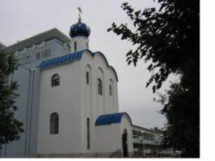 В день памяти великомученика Пантелеимона престольные праздники отметили 13 кузбасских храмов