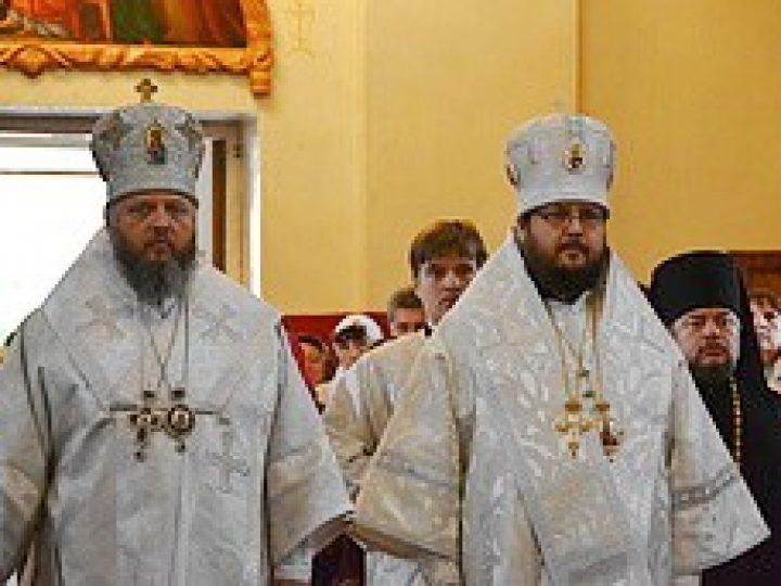 В день памяти Собора Кемеровских святых митрополит Аристарх совершил Литургию в храме Юрги