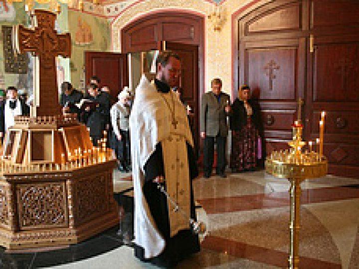 В храме Рождества Христова помолились о тружениках угольной отрасли Кузбасса