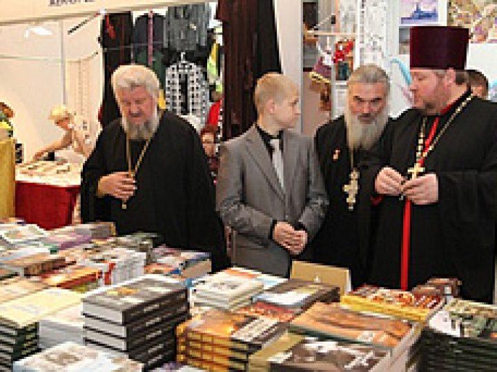 В Новокузнецке открылась III Международная православная выставка-ярмарка «От покаяния к воскресению России»