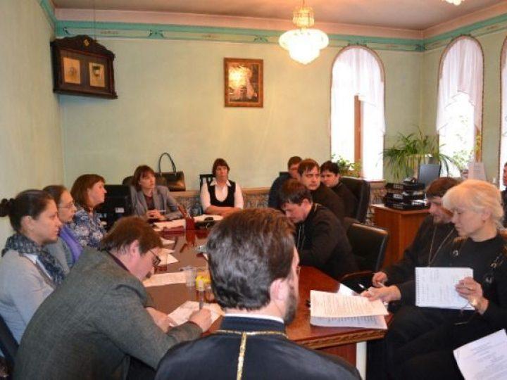 В Кемерове прошло совещание Координационного совета богословских курсов Кузбасской митрополии