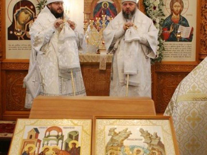 Митрополит Кемеровский Аристарх и епископ Мариинский Иннокентий освятили храм при Юргинском машзаводе