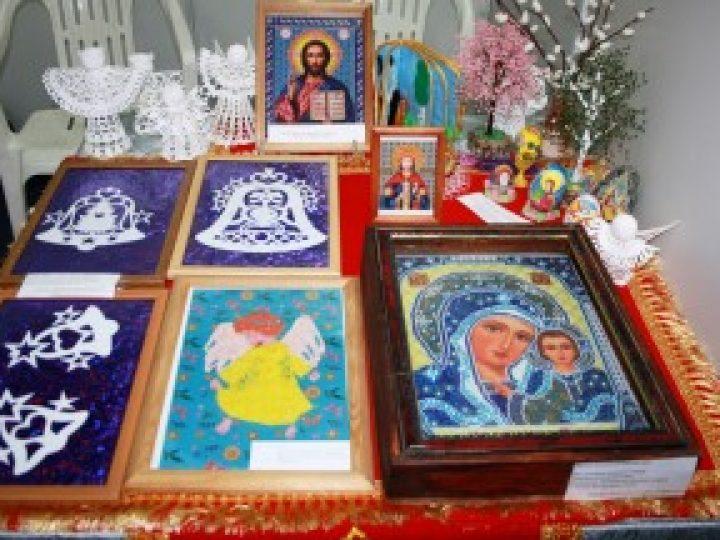 В Полысаево стартовал творческий конкурс «Рождественская звезда-2013»