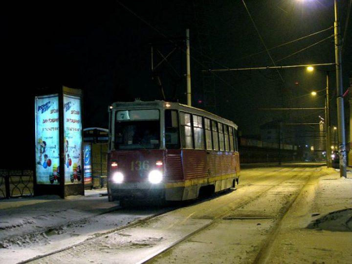 После ночной Рождественской службы прихожан Знаменского собора развезут по домам на общественном транспорте