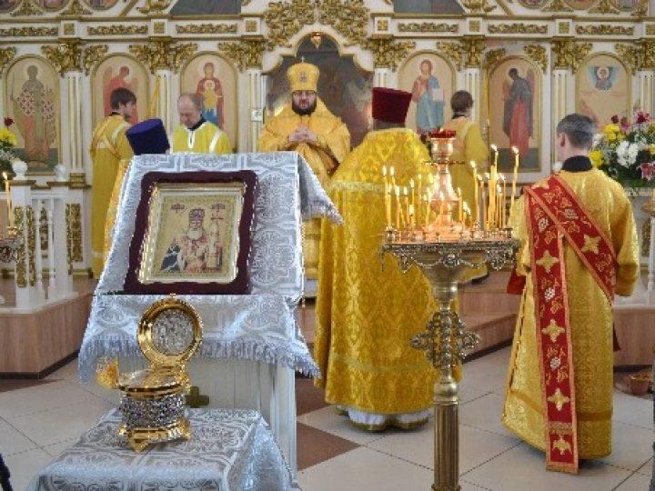 В Мариинскую епархию принесен ковчег с частицей мощей святителя Луки (Войно-Ясенецкого)