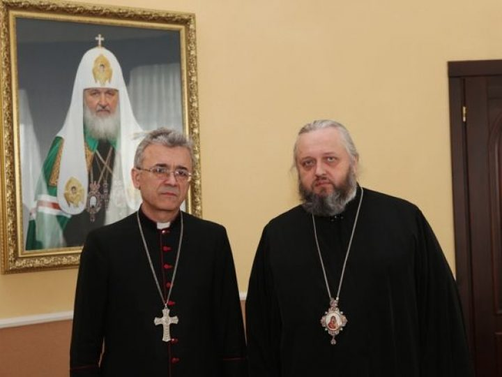 Глава Кузбасской митрополии принял ординария Римско-католической Преображенской епархии в г. Новосибирск епископа Иосифа Верта