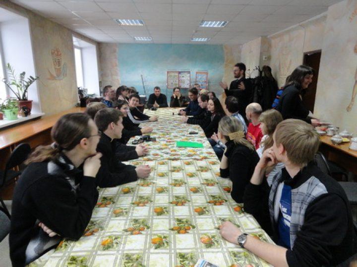 Православная молодежь Новокузнецка провела встречу с коллегами из столицы Сибири