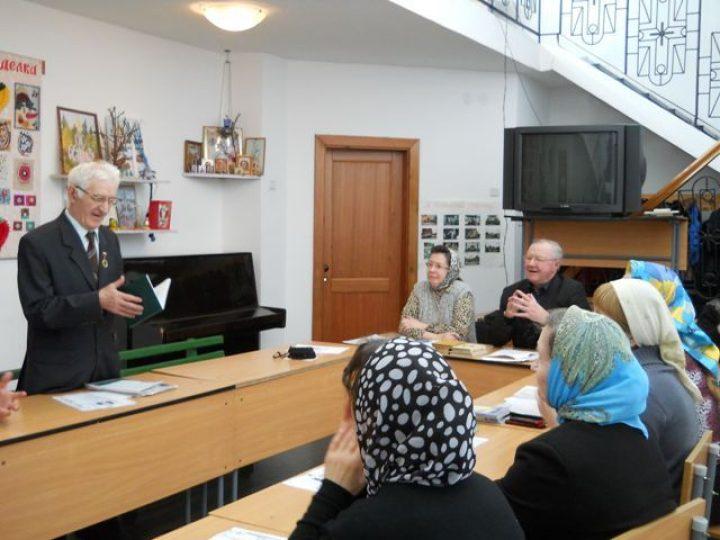 При храме Киселевска начал работу клуб любителей поэзии