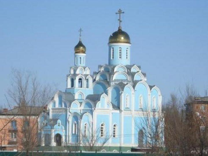 В неделю 4-ю по Пасхе, о расслабленном, глава Кузбасской митрополии совершил Божественную литургию в храме пос. Новый городок