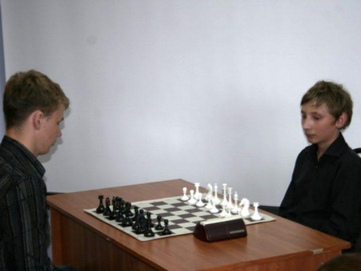 На площади перед Знаменским собором пройдет финал областных соревнований по шахматам среди детей
