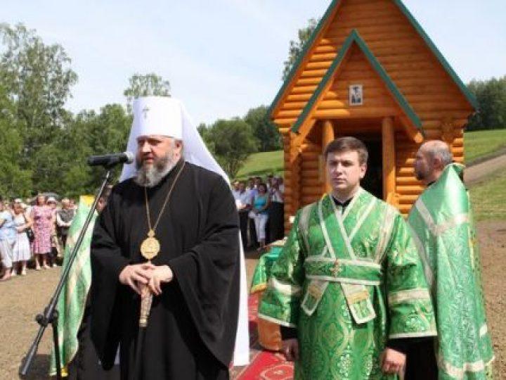 Митрополит Аристарх освятил часовню прп. Сергия Радонежского в селе Крапивинского района