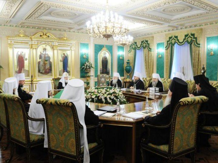 Священный Синод выразил признательность митрополиту Аристарху и губернатору А.Г. Тулееву за внимание и теплый прием, оказанные Патриарху Кириллу в Кузбассе