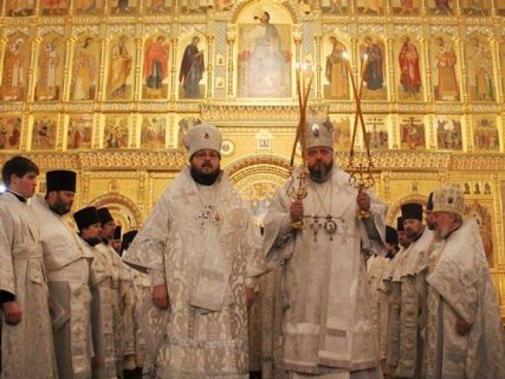 В праздник Собора Пресвятой Богородицы митрополит Аристарх возглавил Литургию в соборе Рождества Христова Новокузнецка
