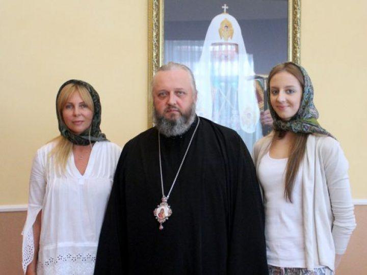 Глава Кузбасской митрополии провел встречу с чемпионкой Европы по художественной гимнастике из Кемерова