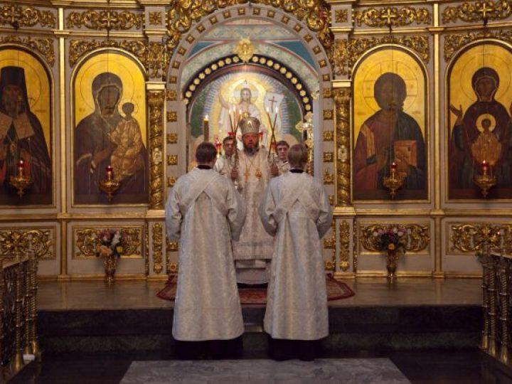 Глава Кузбасской митрополии отметил 8-ю годовщину со дня архиерейской хиротонии