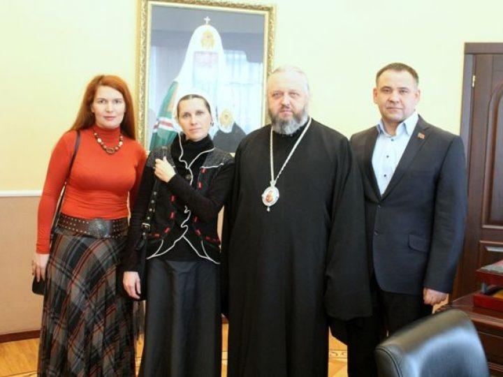 Глава Кузбасской митрополии удостоил Светлану Копылову епархиальной награды