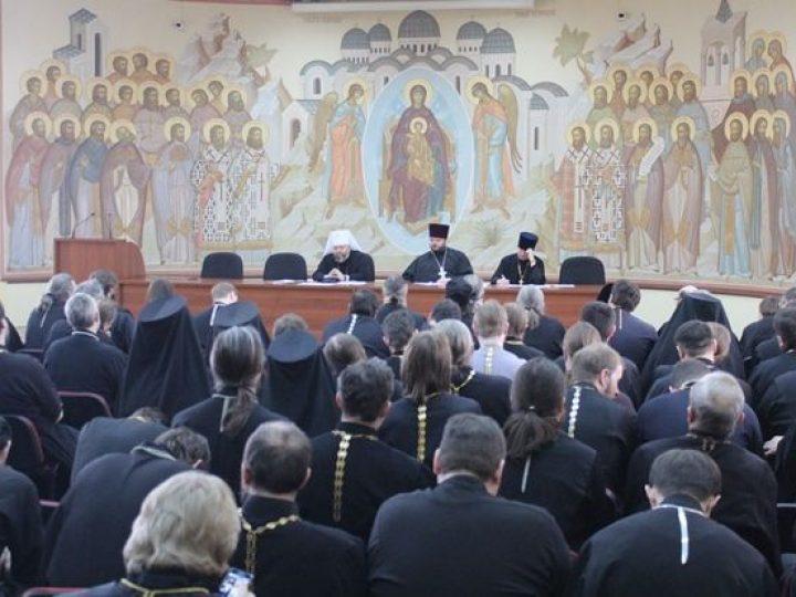 В Кемерове прошло епархиальное собрание духовенства по итогам Архиерейского Совещания