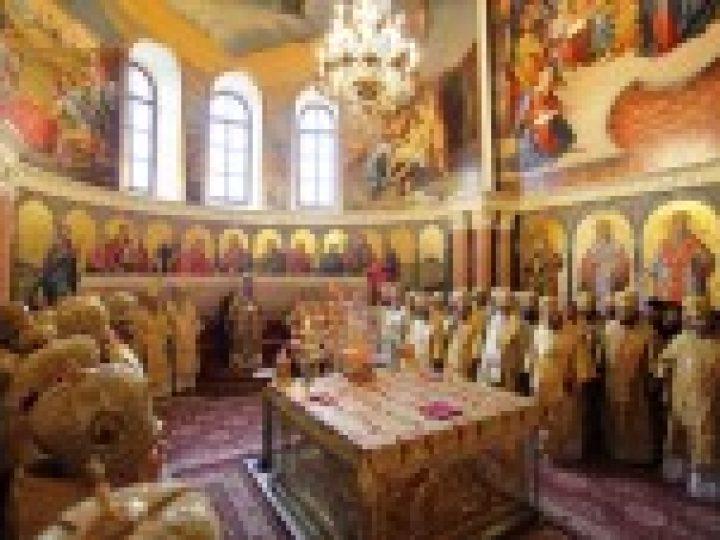 В Украинской Православной Церкви отметили 25-летие архиерейского служения Блаженнейшего митрополита Онуфрия