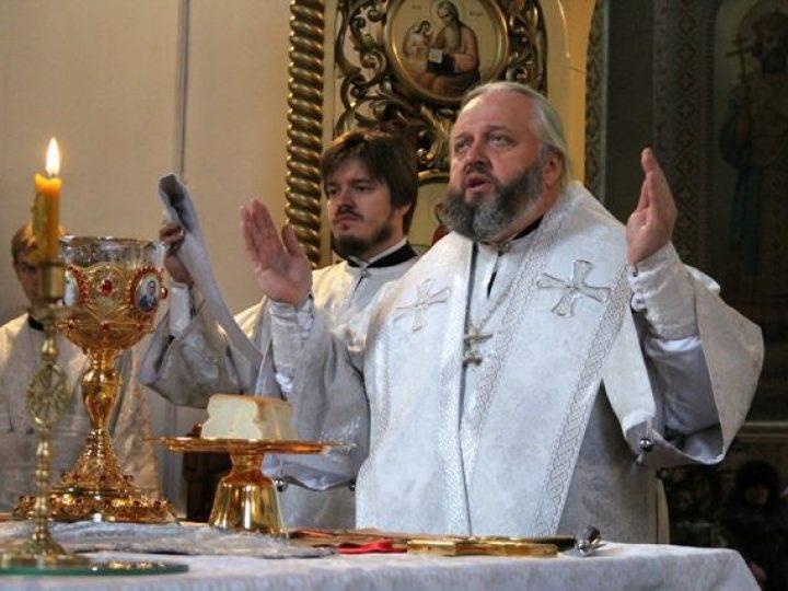 В субботу по Рождестве Христовом кузбасский архипастырь совершил Литургию в соборе Прокопьевска