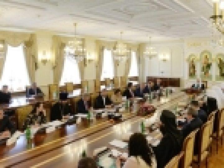 Под председательством Патриарха Кирилла состоялось седьмое заседание Координационного комитета по поощрению социальных, образовательных, культурных и иных инициатив