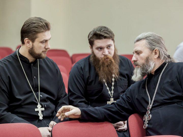 В Кемерове прошёл очередной епархиальный совет