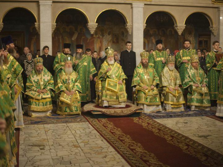 В день преставления преподобного Сергия митрополит Аристарх сослужил на Божественной Литургии в Троице-Сергиевой Лавре