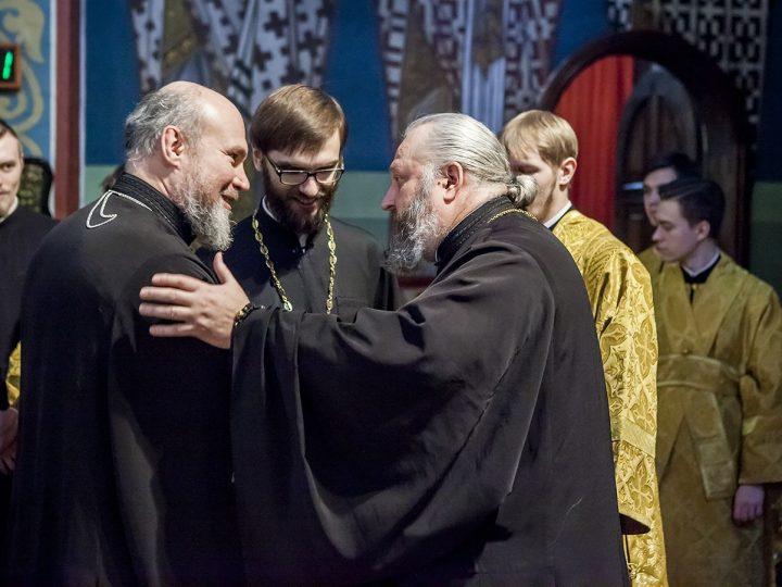 В день своего рождения митрополит Аристарх совершил благодарственный молебен