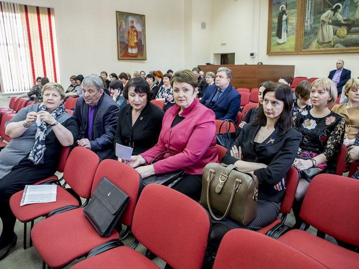 Митрополит Аристарх встретился с представителями музеев и ВУЗов Кузбасса