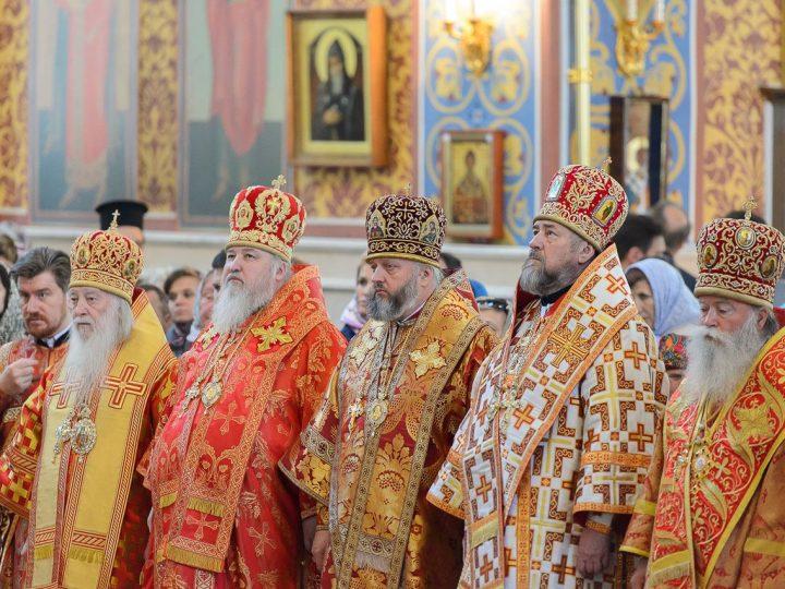 Правящий архиерей Кузбасской митрополии принял участие в праздничной Литургии в столице Казахстана