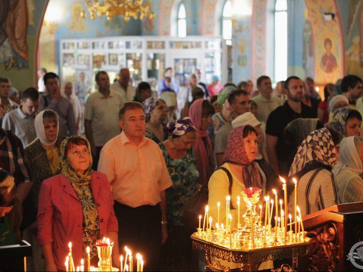В соборе Рождества Христова состоялась Божественная литургия