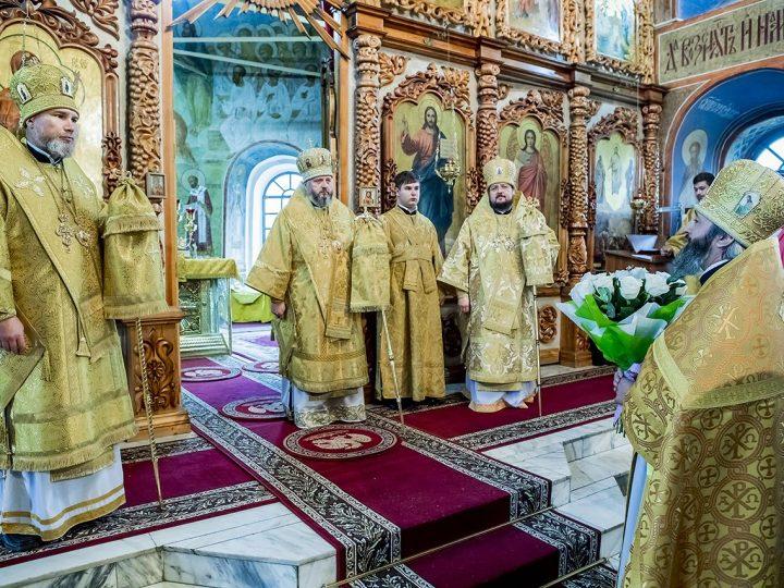 Епископ Новокузнецкий и Таштагольский Владимир встретил годовщину архиерейской хиротонии