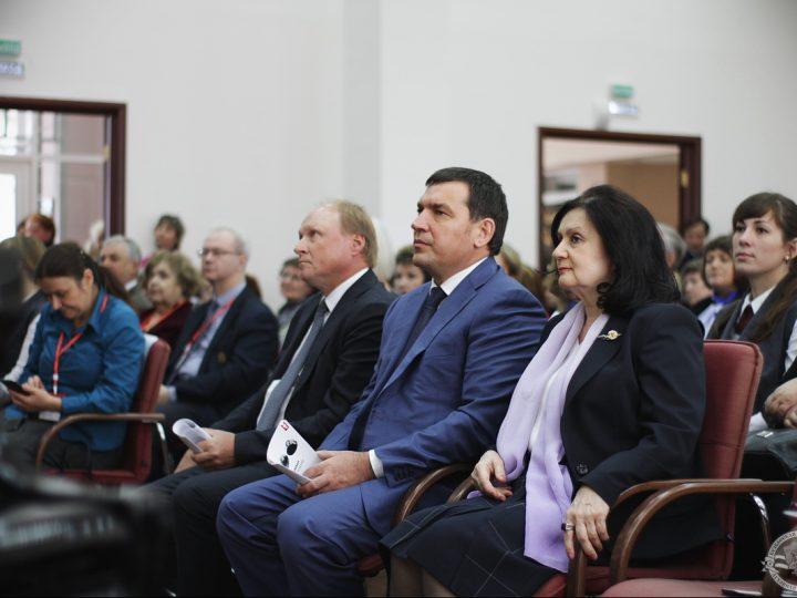В Кузбасской семинарии открылась Международная научно-практическая конференция, посвященная творчеству Ф.М. Достоевского