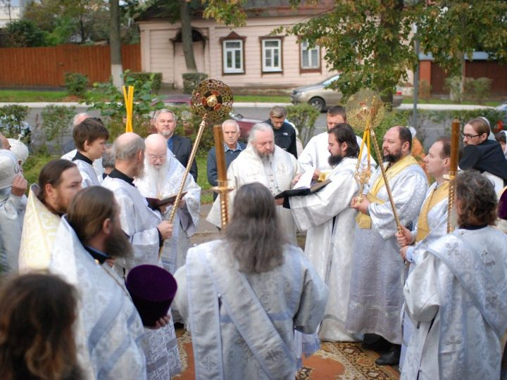 Глава Кузбасской митрополии принял участие в освящении храма в Суздале