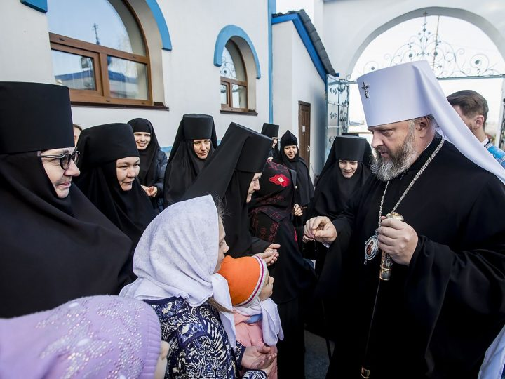 Свято-Серафимо-Покровский женский монастырь отметил свое 25-летие