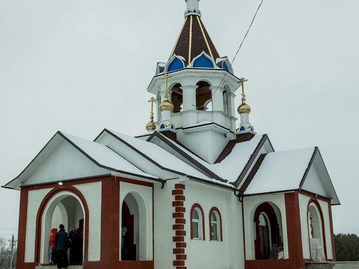 Митрополит Аристарх освятил новый храм в Белове