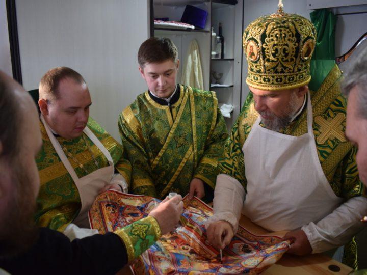 Глава Новокузнецкой епархии совершил великое освящение храма святой Матроны Московской