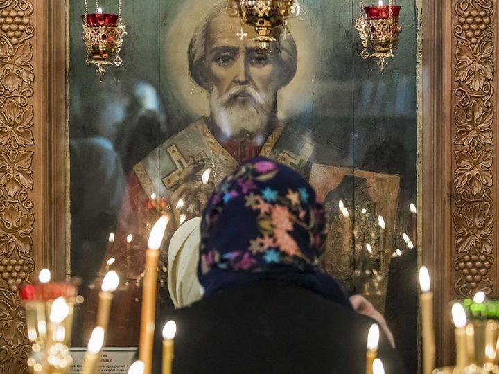 Митрополит Аристарх возглавил торжества престольного дня Никольского храма в Полысаеве