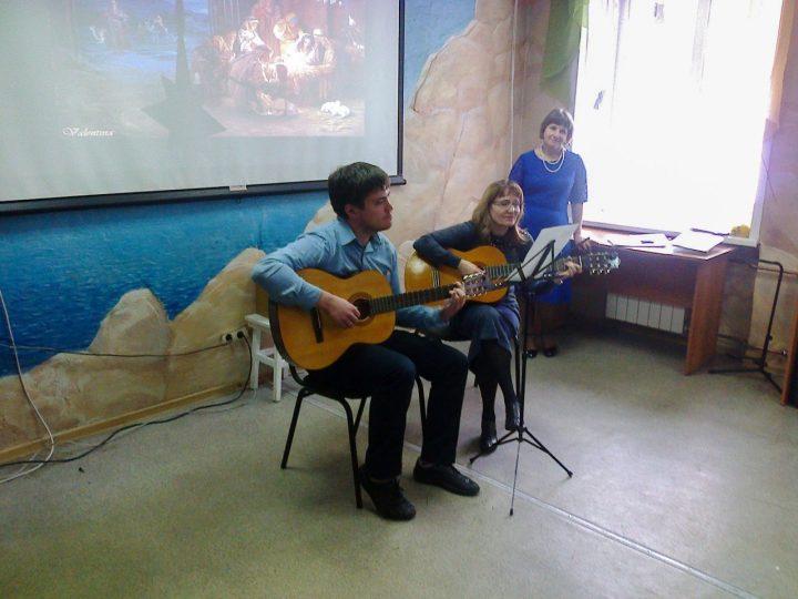 Новокузнецкие богословские курсы отметили Рождество Христово