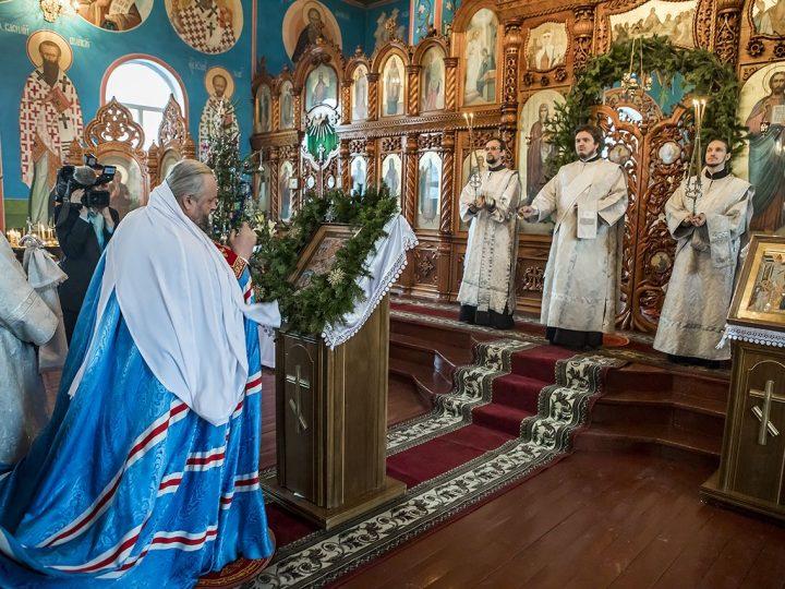 8 января 2018 г. Великая вечерня в Покровском храме Прокопьевска