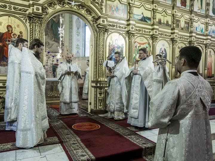 В день памяти архидиакона Стефана митрополит совершил Литургию в соборе Рождества Иоанна Предтечи г. Прокопьевска