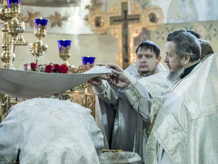 9 января 2018 г. Божественная Литургия в соборе Рождества Иоанна Предтечи г. Прокопьевска