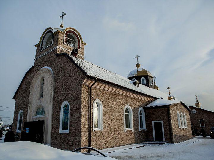 Во вторник первой седмицы митрополит читал Великий канон в Никольском соборе