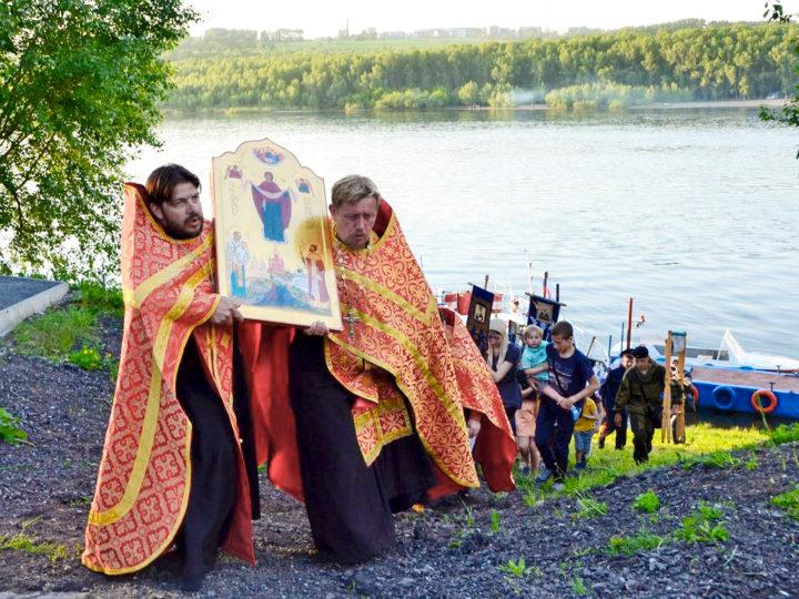 В Кемерове встретят крестный ход-сплав