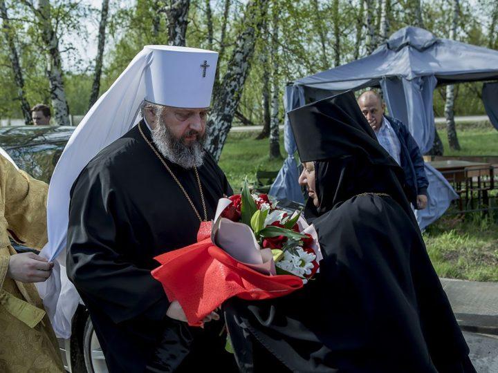 2 июня 2018 г. Всенощное бдение в канун престольного дня Всехсвятского храма на кемеровском кладбище