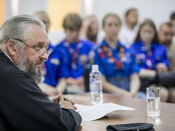 Митрополит Аристарх встретился с православной молодёжью
