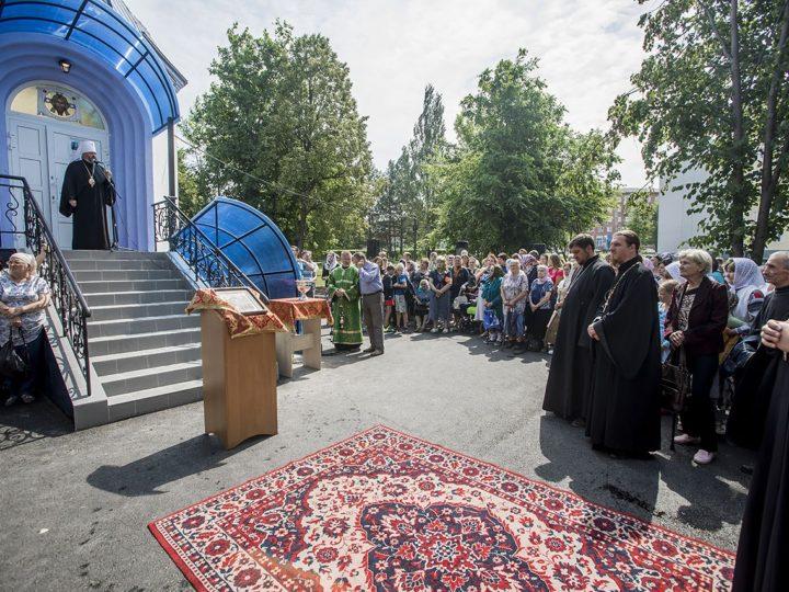 В столице Кузбасса освящен Крестовоздвиженский храм