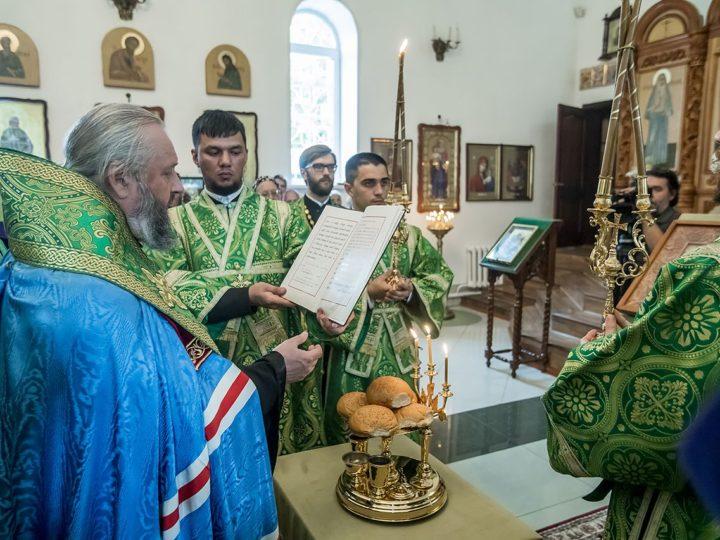 17 июля 2018 г. Всенощное бдение в храме преподобного Сергия Радонежского Киселевска