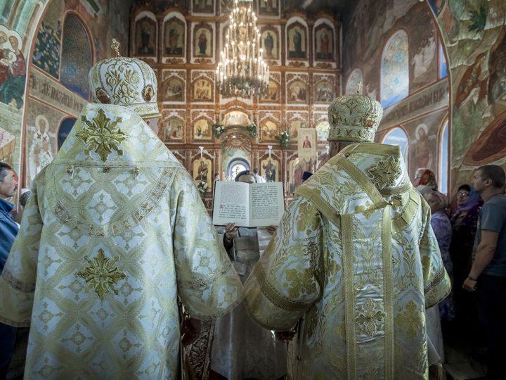 Старейший храм Кузбасса отметил престольный праздник