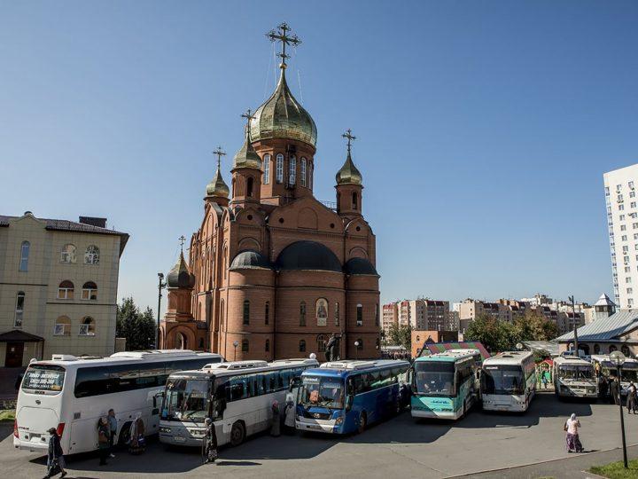 В Кемерове продолжается доступ к мощам святителя Спиридона