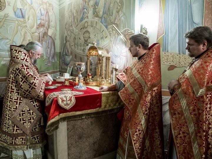 В день Усекновения главы Предтечи и Крестителя Иоанна глава митрополии совершил молебен о трезвости